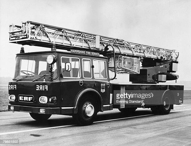 Hampshire Fire Service fire engine, 25th September 1972.