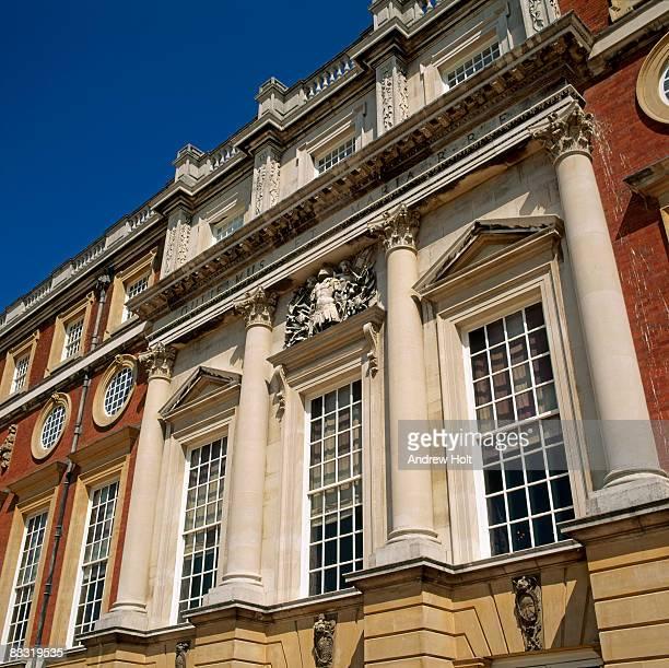 hampton court historic building - hampton court stock pictures, royalty-free photos & images
