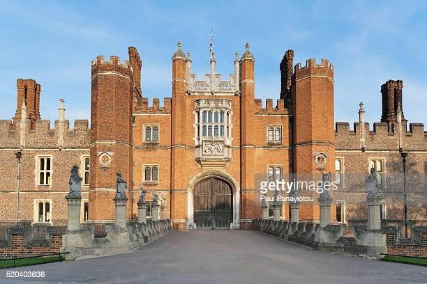 hampton court, london, uk - hampton court stock pictures, royalty-free photos & images