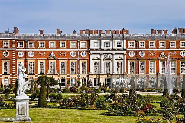 hampton court palace and gardens - hampton court stock pictures, royalty-free photos & images