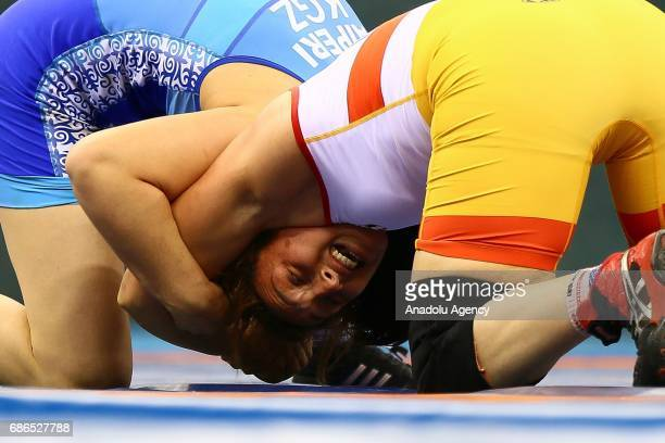 Hamza Samar of Egypt competes against Medet Kyzy Aiperi of Kyrgyzstan in the Womens Freestyle Wrestling 75kg Preliminary Bout during day ten of Baku...