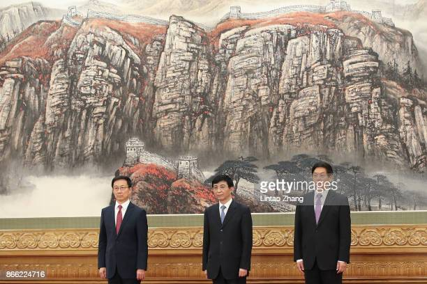 Han Zheng Wang Huning Li Zhanshu attends the greets the media at the Great Hall of the People on October 25 2017 in Beijing China China's ruling...