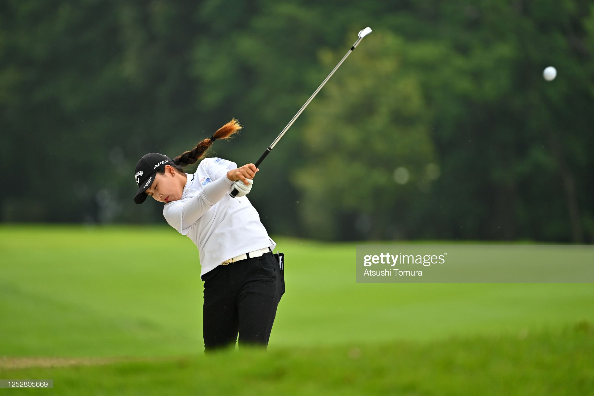 https://media.gettyimages.com/photos/hana-lee-of-south-korea-hits-her-second-shot-on-the-12th-hole-during-picture-id1252805669?s=2048x2048