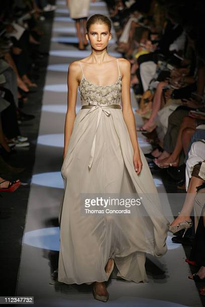 Hana Soukupova wearing Badgley Mischka Spring 2006