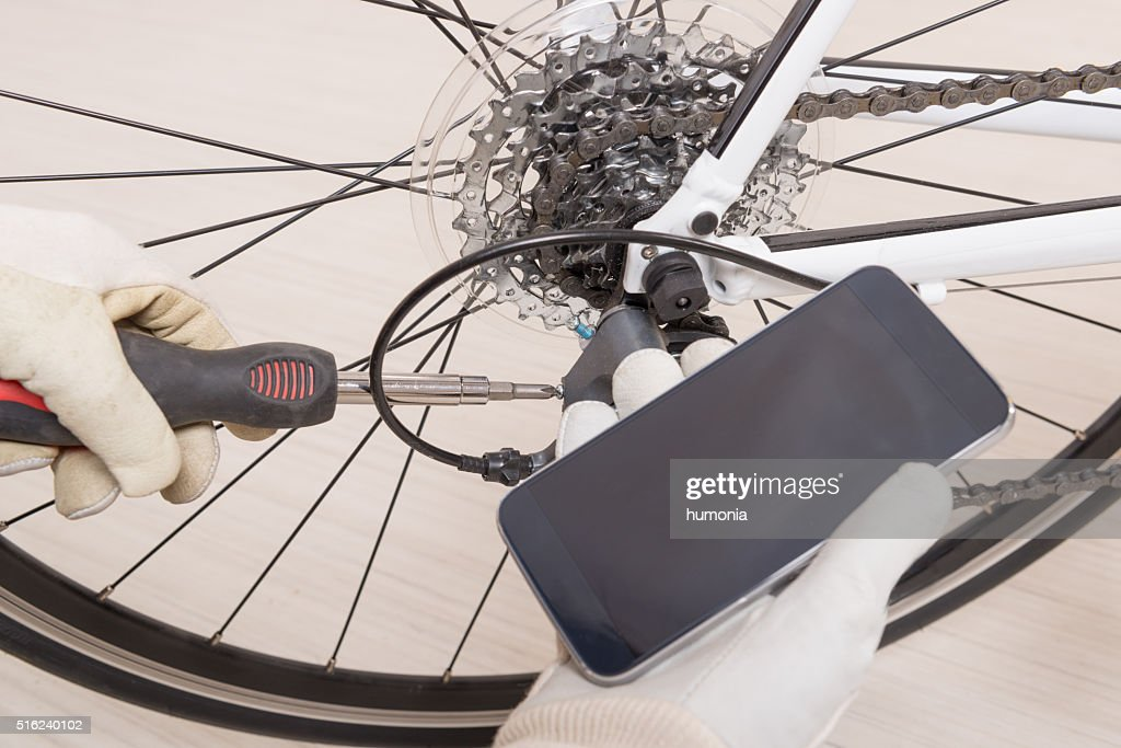 Hand Adjusting Rear Derailleur Stock Photo - Getty Images