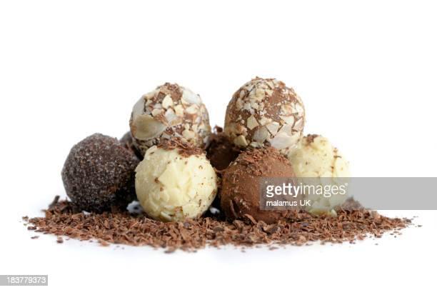 ハンドメイドのチョコレートトリュフ