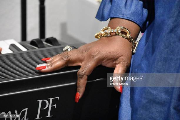 Silver Nail Polish Pictures and Photos - Getty Images