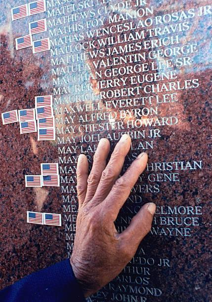 UNS: LIFE: The Vietnam War