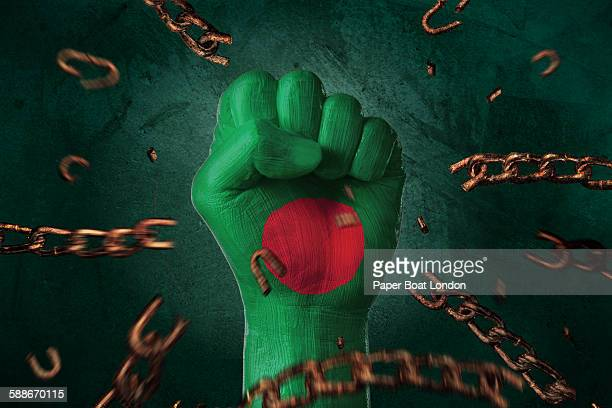 hand painted with flag of bangladesh,loose chains - flag of bangladesh stock pictures, royalty-free photos & images