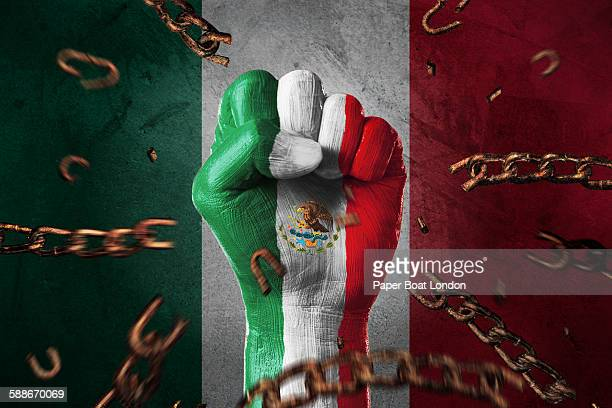 Hand painted with flag of mexico,loose chains