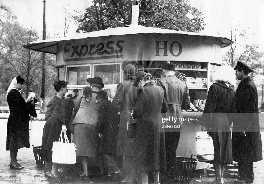 Handelsorganisation, Trading Organisation in East Germany : News Photo
