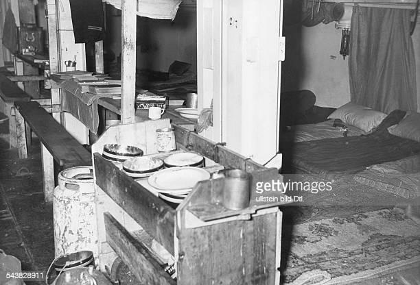 Handelsschiff 'Altmark' Der provisorisch eingerichtete Raum auf der 'Altmark' in dem die englischen Gefangenen untergebracht waren Norwegen...