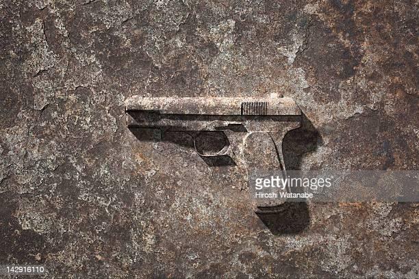 handgun which became stone - armamento - fotografias e filmes do acervo