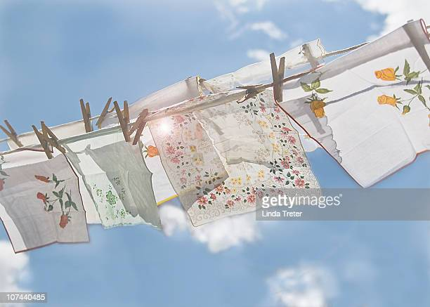 handkerchiefs against a blue sky - handkerchief - fotografias e filmes do acervo