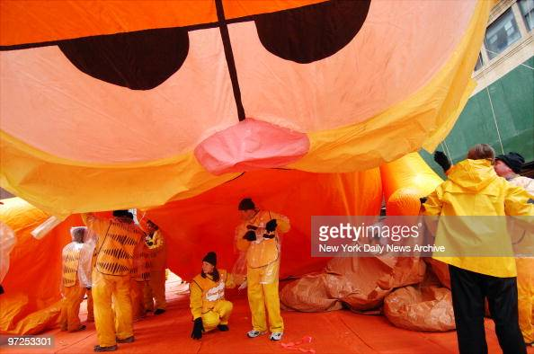 55 Thanksgiving Day Parade Garfield Photos And Premium High Res Pictures Getty Images