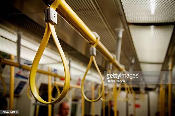 Handles in London Underground (United Kingdom)