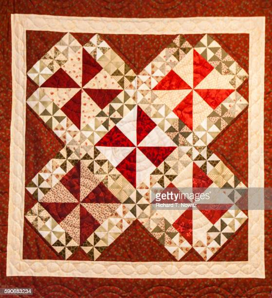 Handmade Amish Quilts For Sale Stock Foto Getty Images