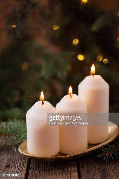 handmade christmas decoration - christmas decore candle stock pictures, royalty-free photos & images