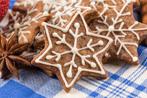 Hand-made Christmas gingerbread isolated on white background - gettyimageskorea