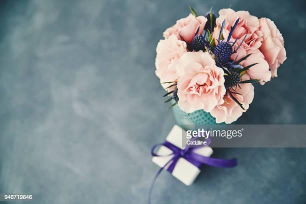 母の日の贈り物に手作りのバラの花束