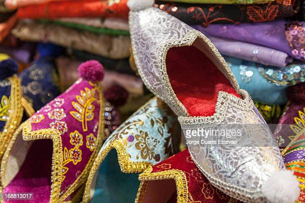 handmade shiny turkish shoes for sale - jorge duarte estevao stock pictures, royalty-free photos & images