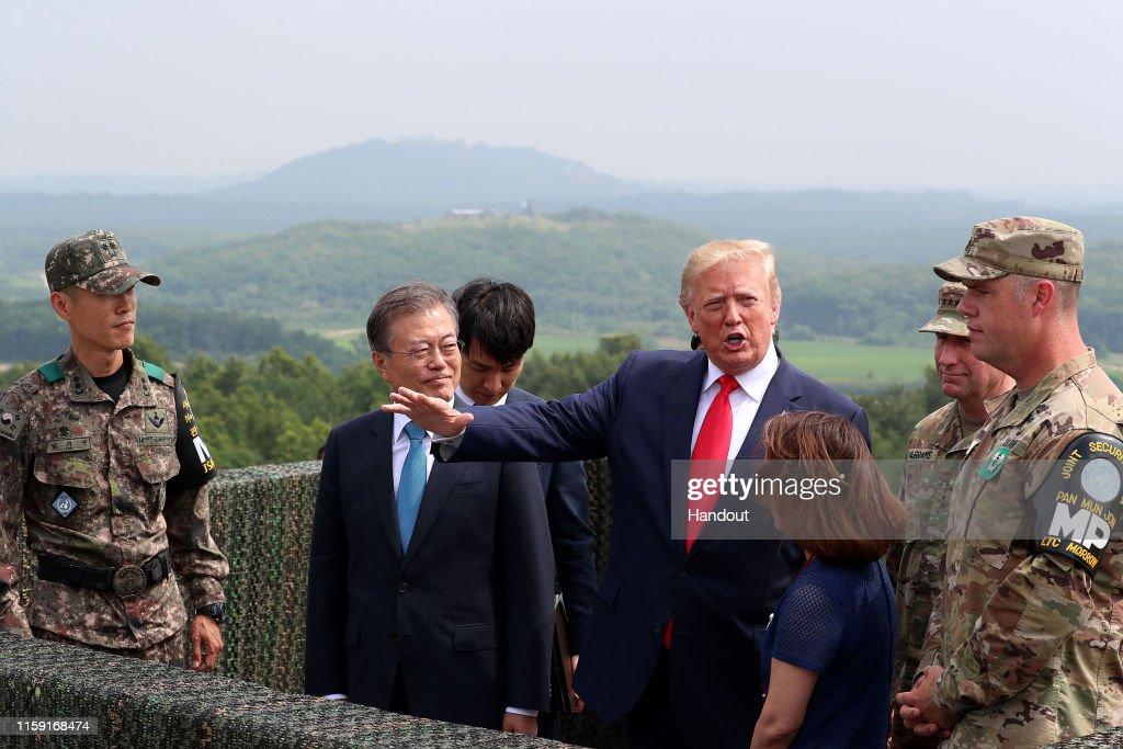 U.S. President Donald Trump Visits South Korea : News Photo