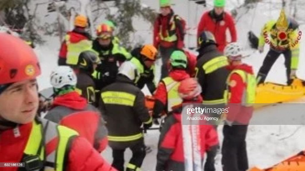 Italian hotel hit by avalanche : News Photo