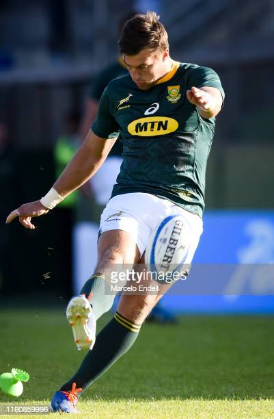 Handre Pollard of South Africa takes a penalty kick during a match between Argentina and South Africa as part of The Rugby Championship 2019 at Padre...