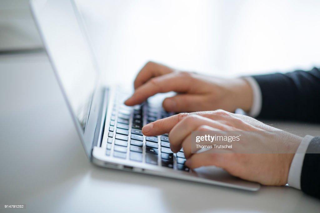 Computer Keyboard : News Photo
