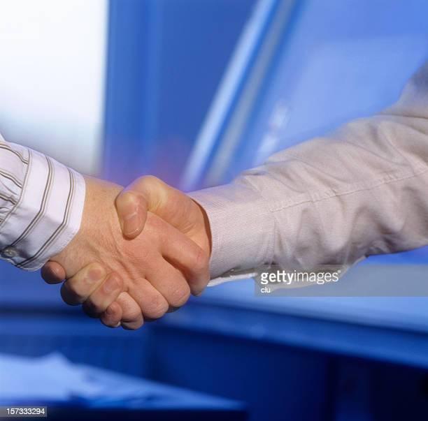 Handshake: Einverstanden!