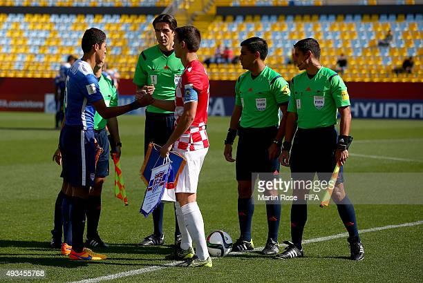 Handshake of peache between USA and Croatia before the FIFA U17 Men's World Cup 2015 group A match between USA and Croatia at Estadio Sausalito on...