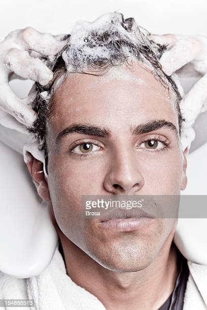 ハンサムな男性のヘアサロン