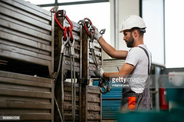Gut aussehend Arbeiter