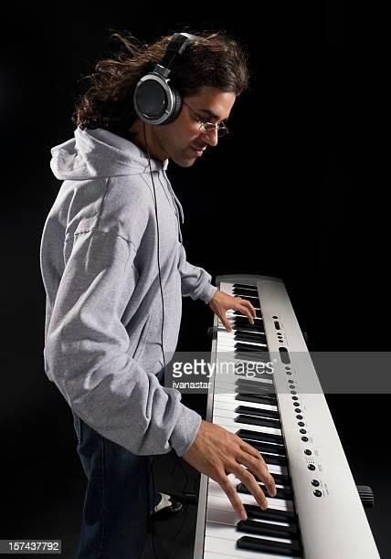 素晴らしいミュージシャンの演奏ピアノ - 作曲家 ストックフォトと画像