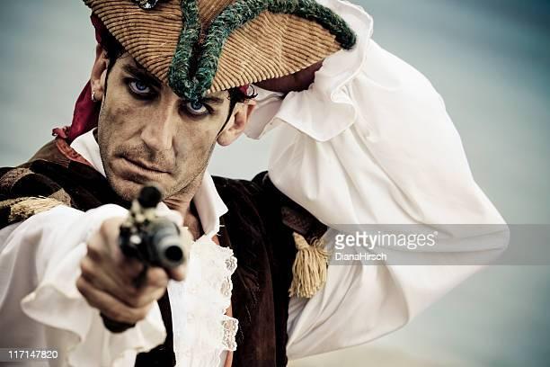 Gut aussehend Pirat