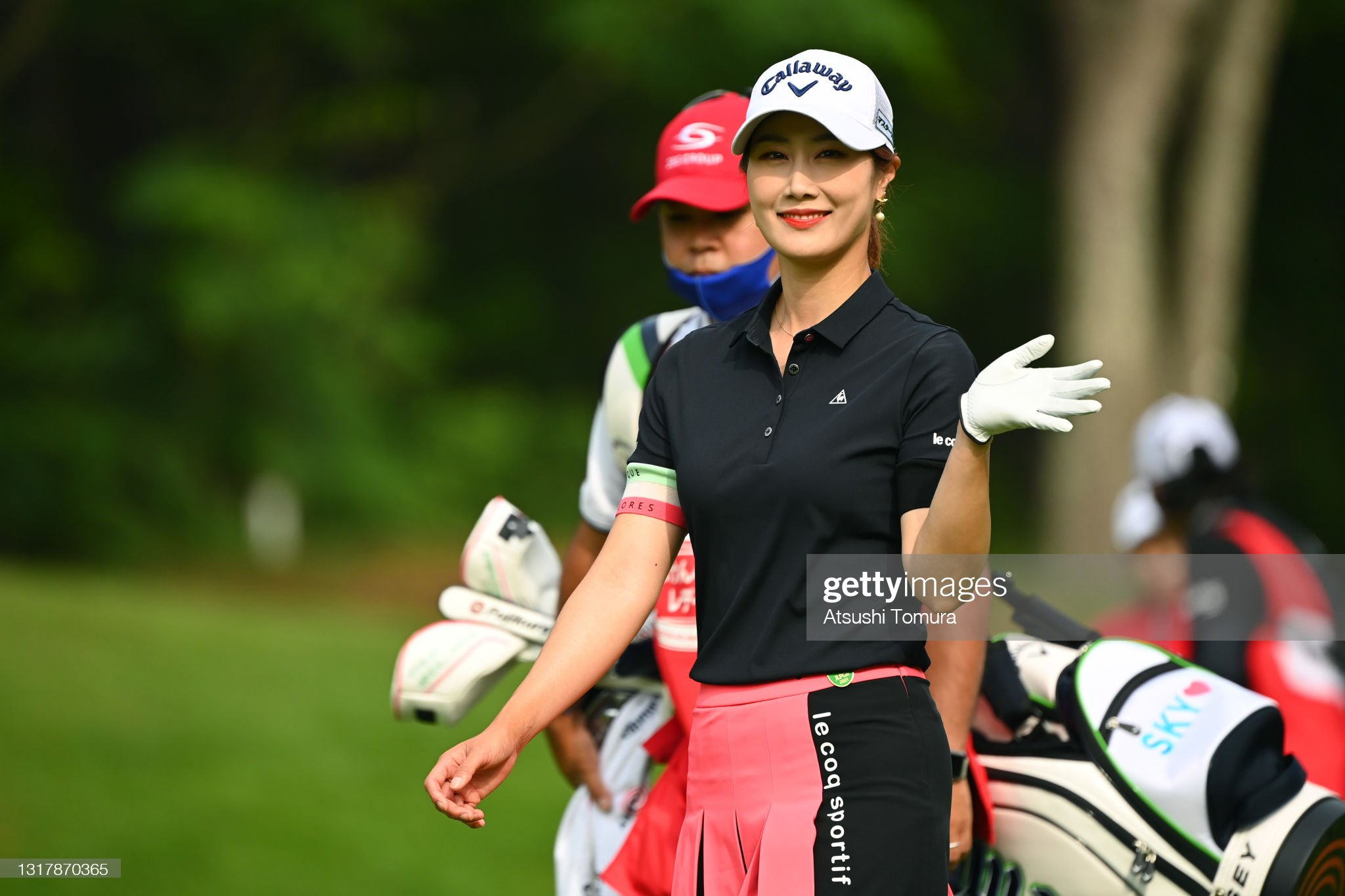 https://media.gettyimages.com/photos/haneul-kim-of-south-korea-waves-on-the-1st-hole-during-the-first-of-picture-id1317870365?s=2048x2048