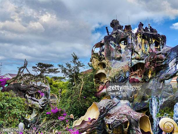 CONTENT] Hang Nga Guest House also known as Crazy house is an unconventional building in Dalat Vietnam Its architecture comprising complex organic...
