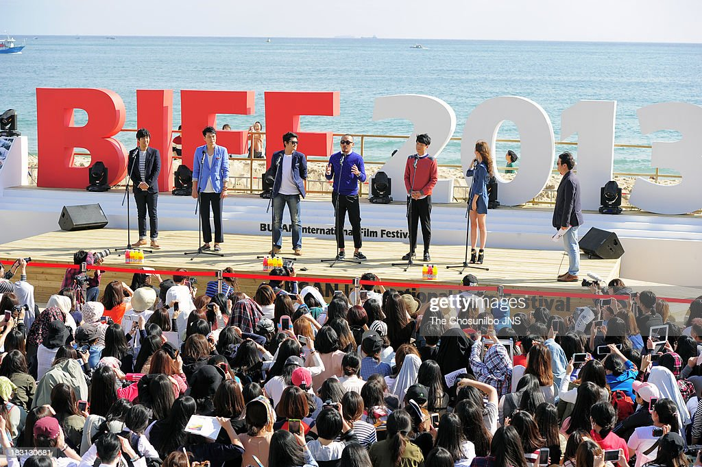 The 18th Busan International Film Festival - Day 2 : News Photo