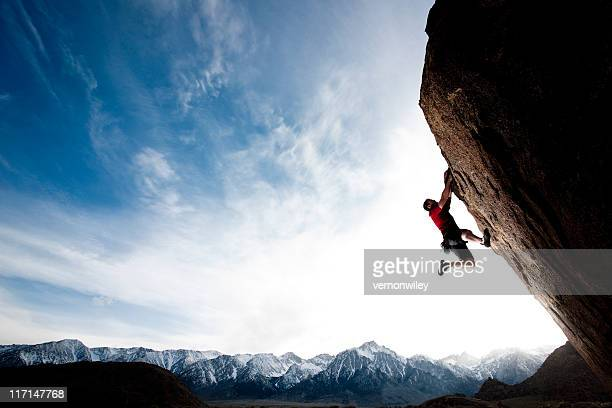 hang time - climbing stock pictures, royalty-free photos & images