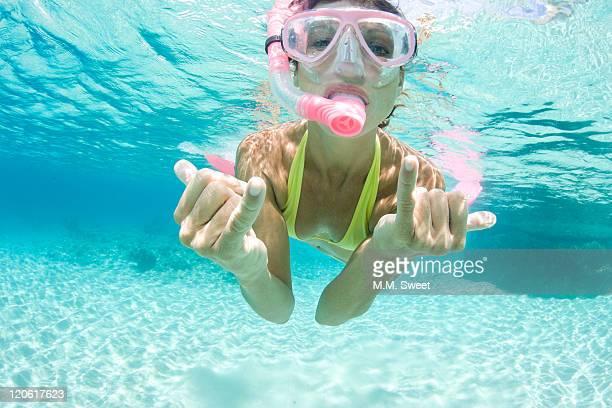 Hang-loose-snorkeling-vacation