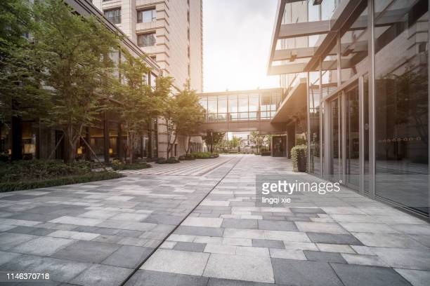 hangzhou city public square, china - pedestrian zone stock pictures, royalty-free photos & images