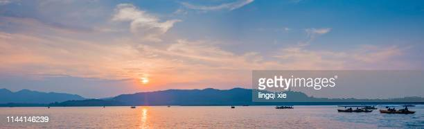 hangzhou west lake geum mountain scenic area panorama - wuhan city stock photos and pictures