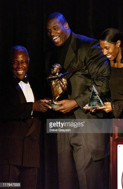 Hank Aaron Shaquille O'Neal Lisa Leslie during NAACP Legal Defense Fund's Hank Aaron Humanitarian Award in Sports at The Beverly Hilton Hotel in...