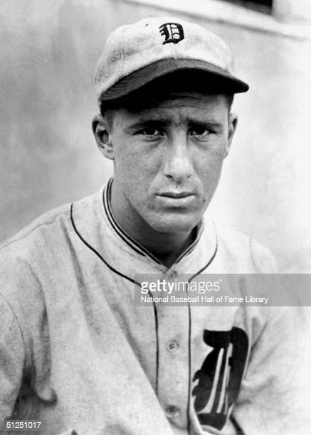Hank Greenberg of the Detroit Tigers poses for a portrait before a season game Hank Greenberg played for the Detroit Tigers from 19301946