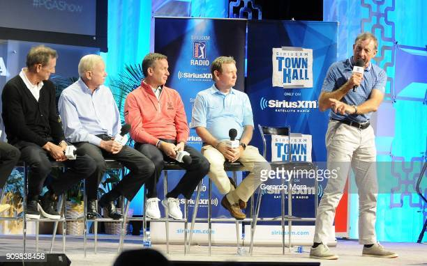 Hank Haney Jim McLean Michael Breed and Larry Rinker watch David Leadbetter display a training technique on SiriusXM's Teachers Town Hall at the PGA...