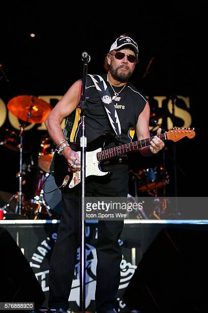 Hank Williams Jr performing live wearing his Pittsburgh Steelers hat and shirt at the Chumash Casino in Santa Ynez California