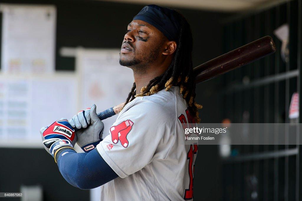 Boston Red Sox v Minnesota Twins : News Photo