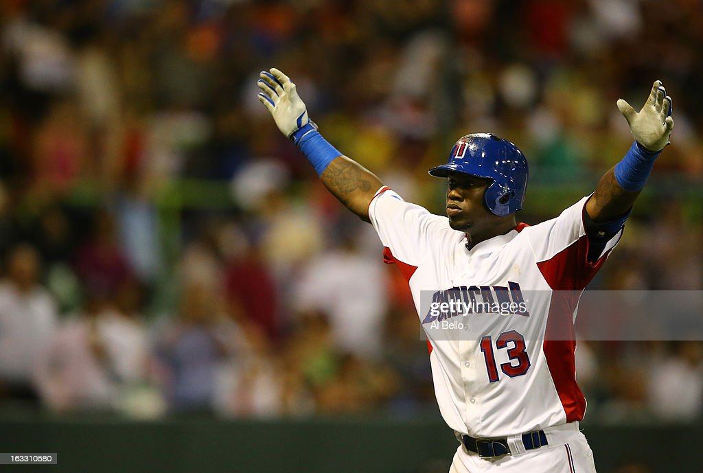 World Baseball Classic - Pool C - Venezuela v Dominican Republic : News Photo