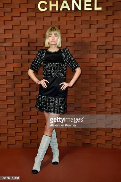 Hanna Binke during arrives for the Chanel Collection Metiers d'Art Paris Hamburg 2017/18 at The Elbphilharmonie on December 6 2017 in Hamburg Germany