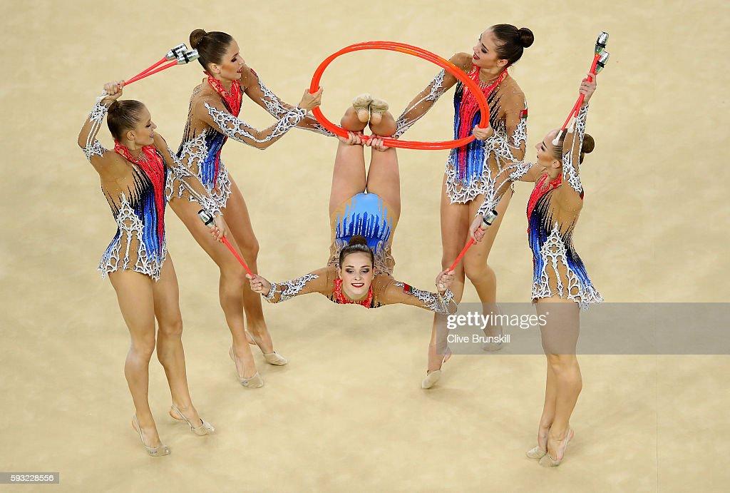 Gymnastics - Rhythmic - Olympics: Day 16 : Nachrichtenfoto